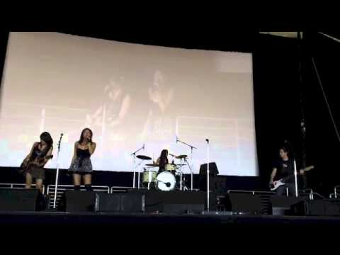 Powerpuff Girls Theme Song Bis Cover by Apocalipstick at OC Fair 2013