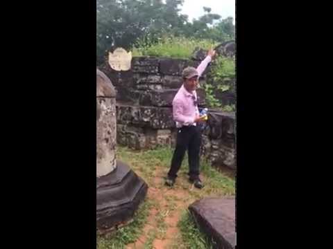 HILARIOUS best tour guide ever in Vietnam !!!