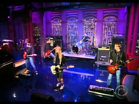 Avril Lavigne - My Happy Ending @ Live At Late Show Letterman 09/09/2004