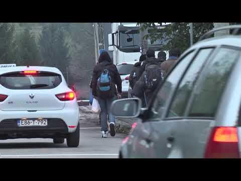 Migranti odlaze iz BiH u Hrvatsku Északnyugati ÁtjÁrÓ: a hőmérséklet csökken, a migránsok továbbra is vonulnak európa felé ÉSZAKNYUGATI ÁTJÁRÓ: A hőmérséklet csökken, a migránsok továbbra is vonulnak Európa felé hqdefault