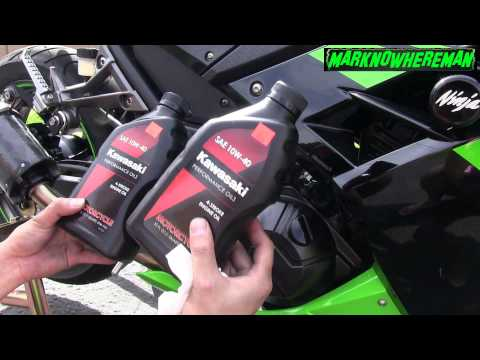 How to change the Oil & Filter of a Motorcycle? Kawasaki Ninja 300 SE - 동영상