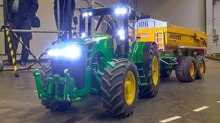 RC tractor Hydraulic Monster!  1:8 John Deere in Action!