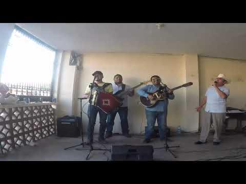 Eloy Rodriguez Cantando Coazón De Oro
