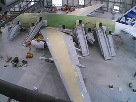 A380 Evacuation Systems SlidesSlides Rafts