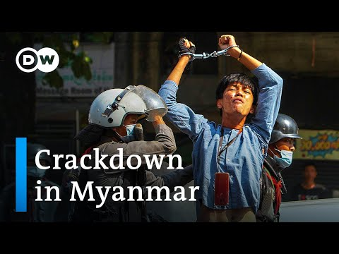 Myanmar anti-junta protesters shot dead by police | DW News