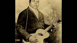 Watch Blind Lemon Jefferson Black Snake Dream Blues video