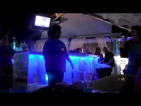 Hotel Palace Karaoke Gangham style 2013