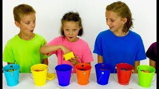 Learn English Colors! Rainbow Surprise Buckets! Minions with Sign Post Kids!