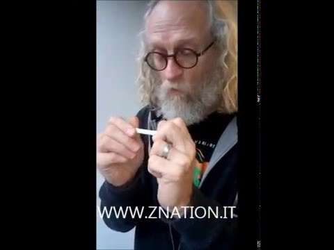 Doc Russell Hodgkinson teaches us how to roll a perferct zweed  ZNation