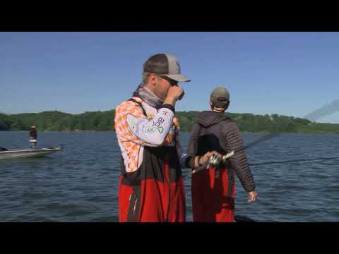 Tennessee Bass Team In Action 2017 BoatUS Collegiate Bass Fishing Championship