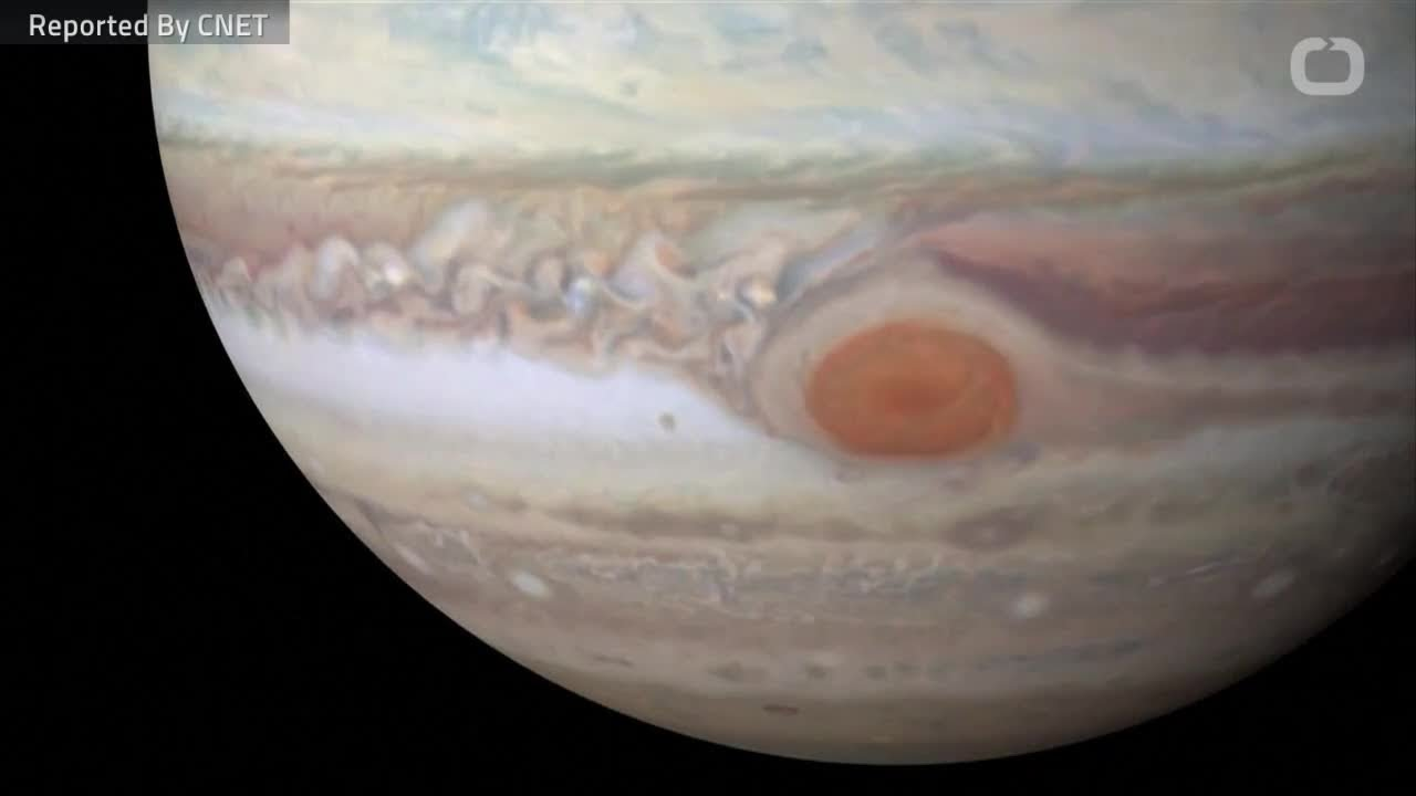 geysers-on-jupiter-moon-could-harbor-life
