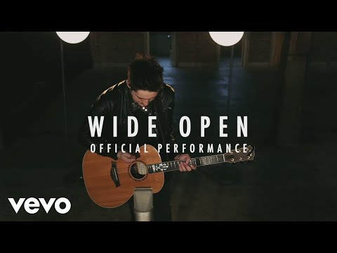 Austin French - Wide Open (Official Performance)