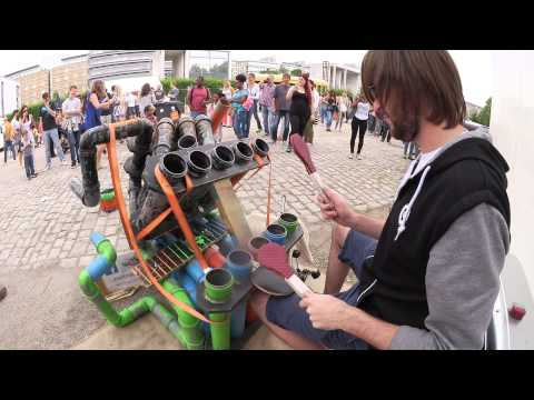 Awesome Pipe-Drummer |