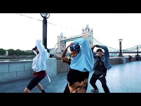 THIS IS MISSY // Tower Bridge London // Cassie - Long way to go