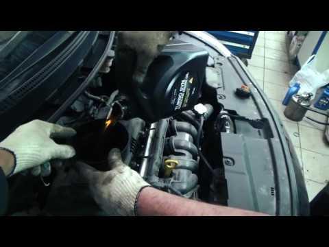 ТО Хендай Солярис: замена масла в двигателе, акпп и свечи..