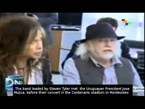 Uruguay's president meets with Aerosmith