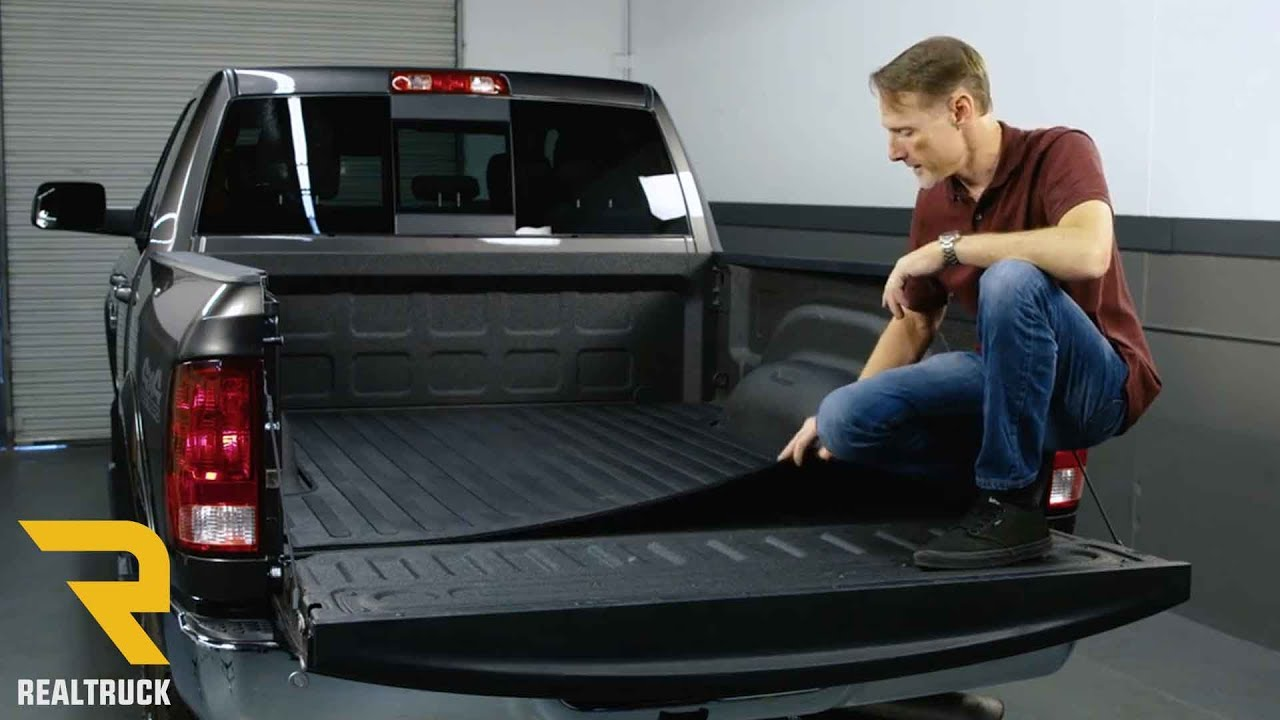 Truck Bed Rug >> Boomerang Rubber Truck Bed Mat Fast Facts on a 2017 Dodge Ram 2500 - YouTube