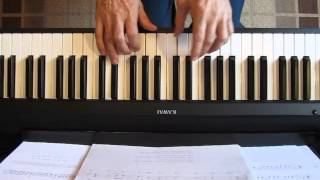Klavir, Pred Senkinom kucom, gudaci i klavir 01