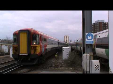 Trains at East Croydon   March 2013