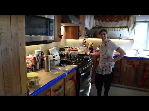 Thumbnail: In The Kitchen With Mayim