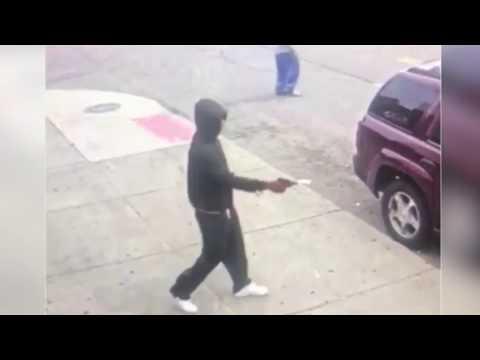 Badguy with a gun vs Goodguy with a gun self defense - Detroit Oct 2017