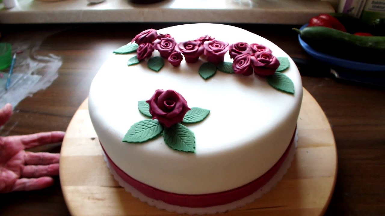 fondant torte mit rosen youtube. Black Bedroom Furniture Sets. Home Design Ideas