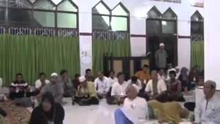 Video Ketika Ustadz Nuruddin Al Indunissy membaca Ruqyah download MP3, 3GP, MP4, WEBM, AVI, FLV April 2018