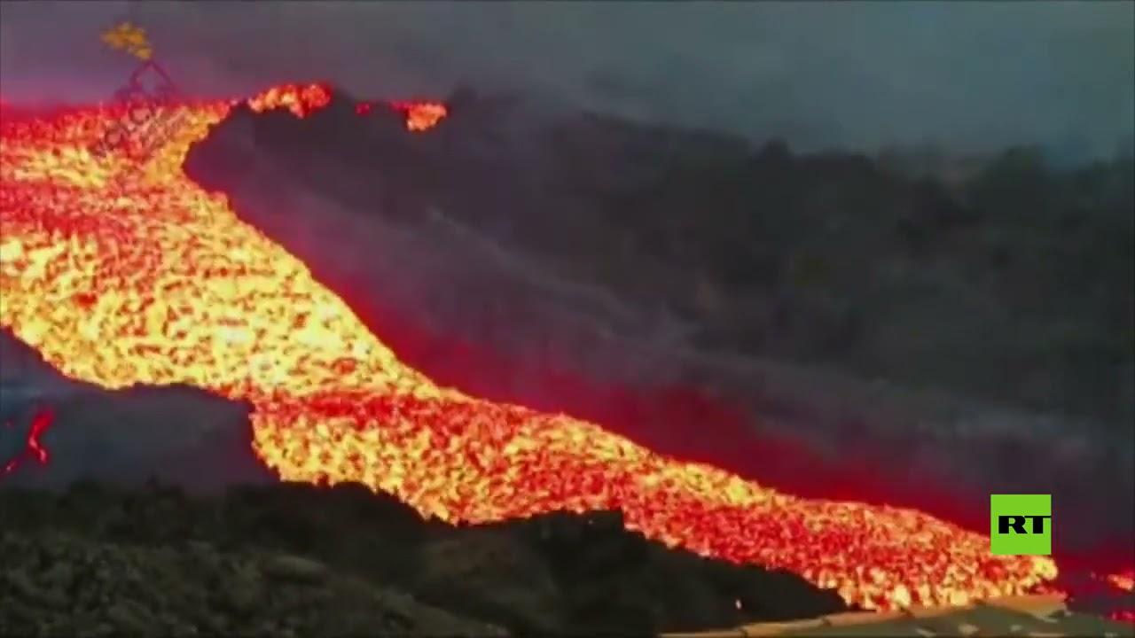 شاهد.. تسونامي من الحمم البركانية تتدفق بسرعة عالية في لا بالما  - نشر قبل 4 دقيقة