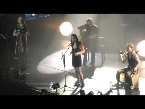 The Corrs - Love to Love You - live @ O2 Arena, London 23.1.16