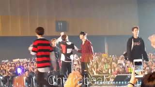 [FANCAM] 170916 WANNA ONE - ENERGETIC ENDING at FanMeeting in BKK