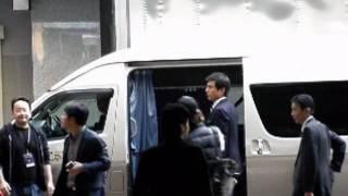 11/12仙台電力ホールでの入り待ち動画です。肝心な所で興奮してしまい、...