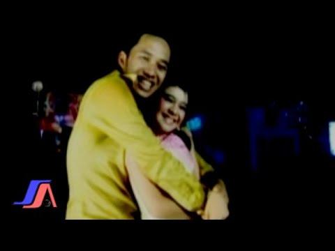 Rara Dan Ricki Stardut - Memory Hujan Pagi (Official Music Video)