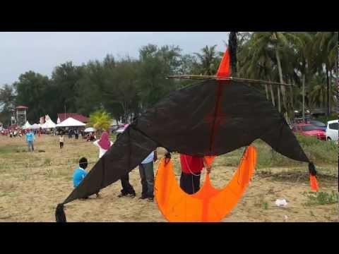 Acara Wau Puyuh Besar 1 - Pesta Wau Antarabangsa Kelantan ke-30 , 5-9 June 2012