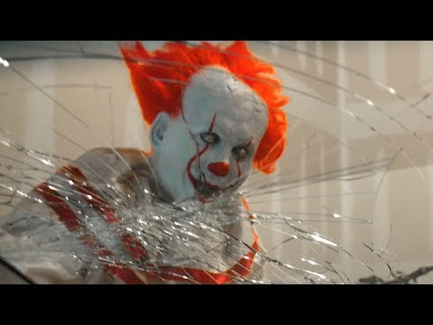 Scary Clown Attacks as Pennywise From It and Breaks Windshield!