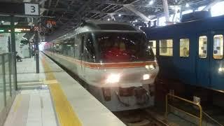 高架化したあいの風とやま鉄道、富山駅のワイドビューひだ13号回送列車