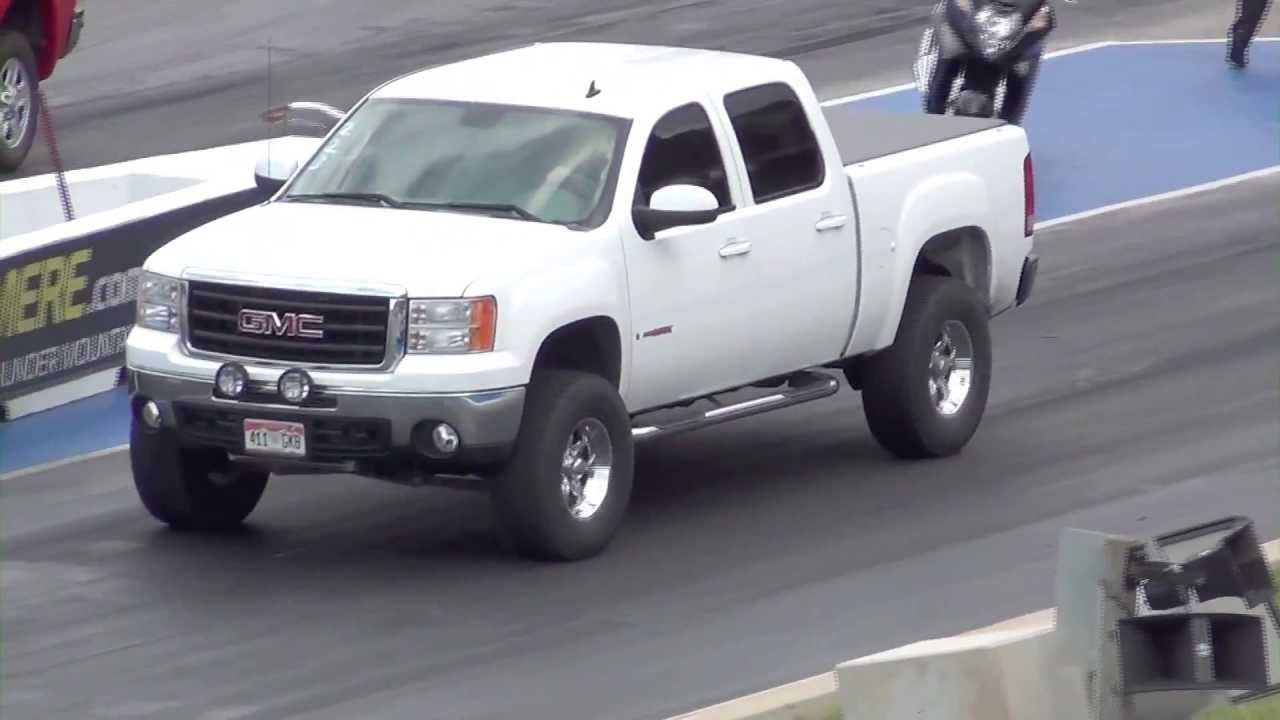 supercharged toyota tundra trd vs lifted gmc sierra vortec. Black Bedroom Furniture Sets. Home Design Ideas