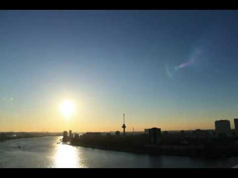 A view of Rotterdam @ montevideo Time lapse
