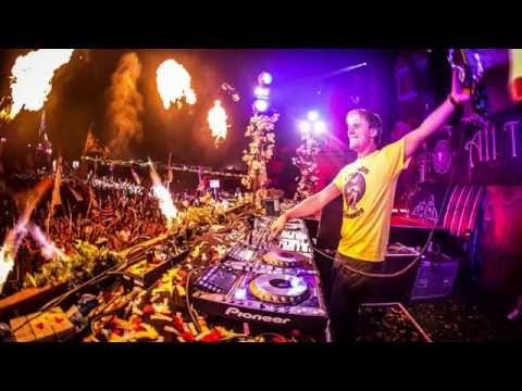 Armin van Buuren at Tomorrowland 2014, Main Stage (Belgium) - 18.07.2014 [Weekend 1]
