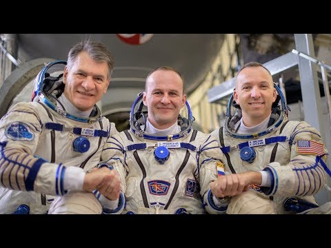 Expedition 52 / 53 Crew Conduct Final Qualification Exams in Russia