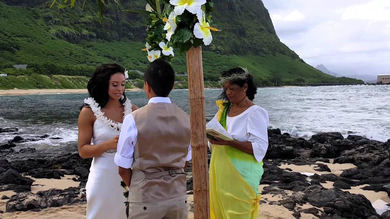 Hawaiian lei giving youtube hawaiian lei giving kristyandbryce Gallery