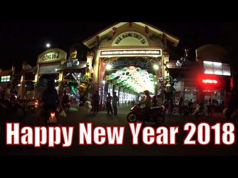 Happy New Year 2018   Người Sài Gòn Hân Hoan Háo Hức Đón Năm Mới tại Đầm Sen   Xuân Mậu Tuất
