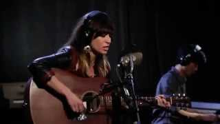 Nicole Atkins - Bird On A Wire (Leonard Cohen cover)