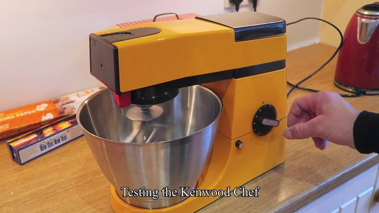 Making bread with my old Kenwood chef A901 - YouTube