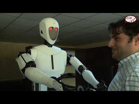 Azerbaijani programmers develop first robot that speaks Azerbaijani