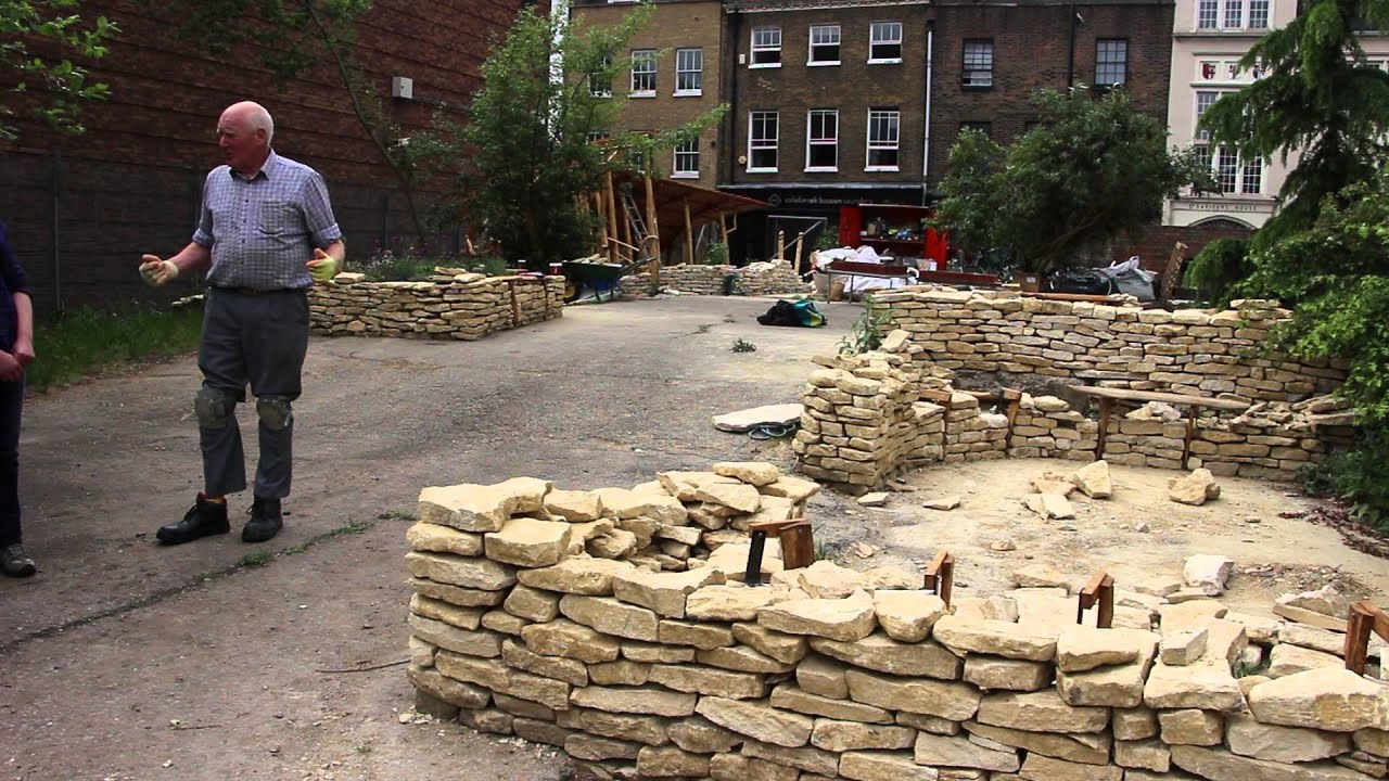 Dry Stone Walling At The 2017 Chelsea Fringe In Crossbones Garden