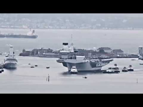 HMS QUEEN ELIZABETH Arriving in Portsmouth 16/08/2017 Timelapse