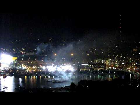 Pittsburgh, Pennsylvania-Fireworks & Skyline