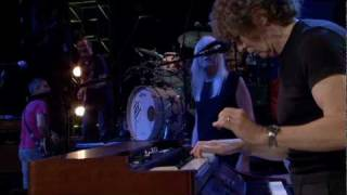 Ringo Starr - Live at the Mohegan Sun - 23. Hold Your Head Up (Rod Argent)
