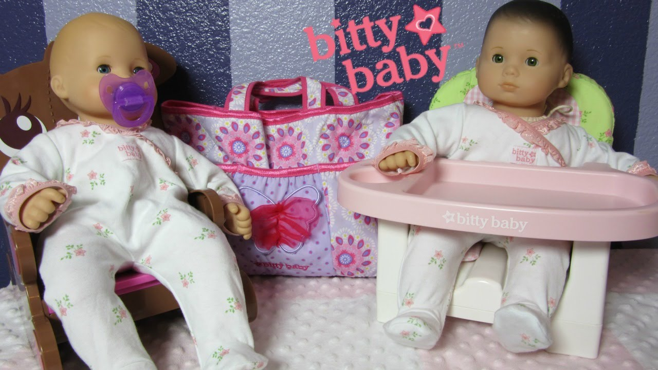 american girl bitty babies bella paisley 39 s diaper bag accessories youtube. Black Bedroom Furniture Sets. Home Design Ideas