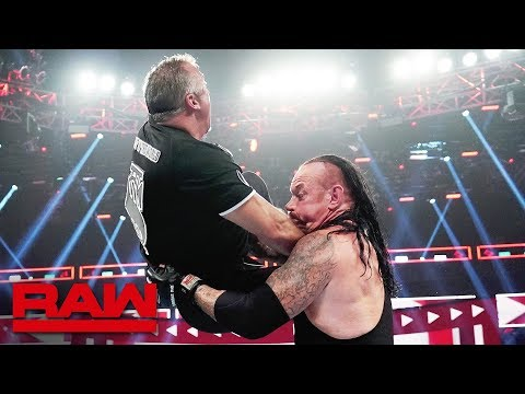 The Undertaker comes to Roman Reigns aid: Raw, June 24, 2019